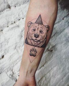 Bear and paw body art